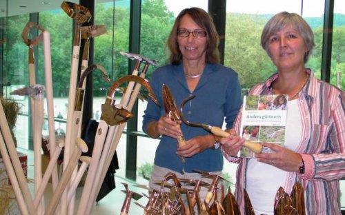 Gartengeräte aus Kupfer bei Permakultur-Expertin Margit Rusch