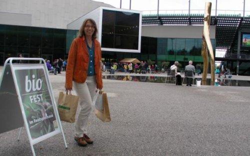 Kostproben eingekauft beim Biofest im Festspielhaus in Bregenz